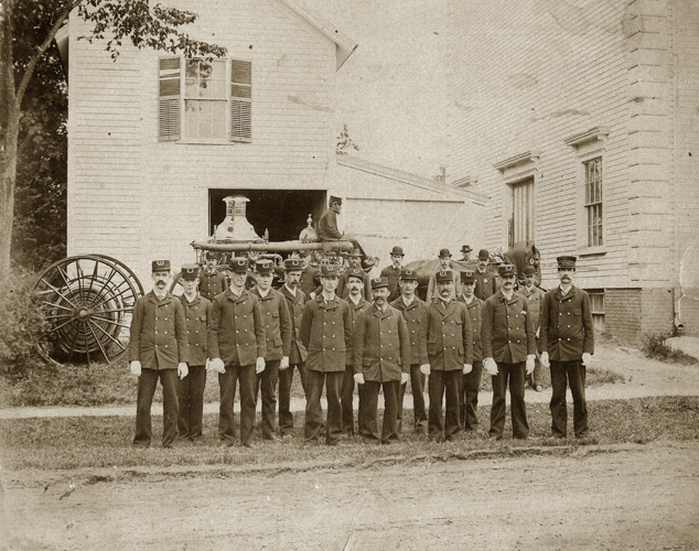 Steamer and Firemen - Town Hall